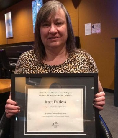 Janet Fairless honoured as DUC's Volunteer of the Year for Alberta