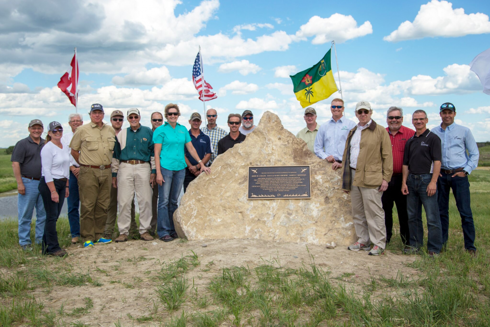 DUC's Reineke A. project in Saskatchewan's Dana Hills was dedicated to three generous donors who together provided $9 million in support of wetland habitat conservation in the Canadian Prairies.