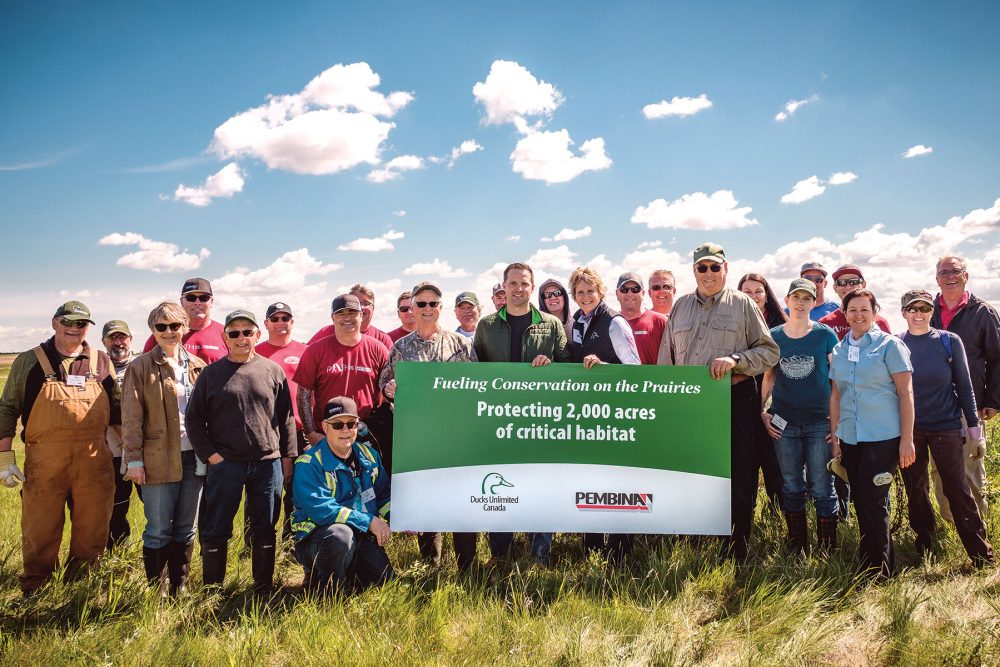 Representatives from DUC and Pembina Pipeline Corporation gathered at the Cherry Project in Alberta to celebrate a new $1-million investment in conservation. The Cherry Project represents one of many important conservation projects that will be delivered across Alberta and Saskatchewan thanks to Pembina's support.