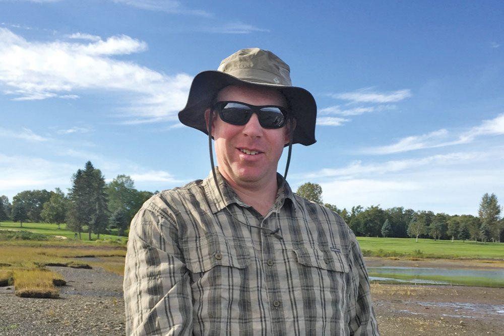 Nic McLellan – Ducks Unlimited Canada research biologist
